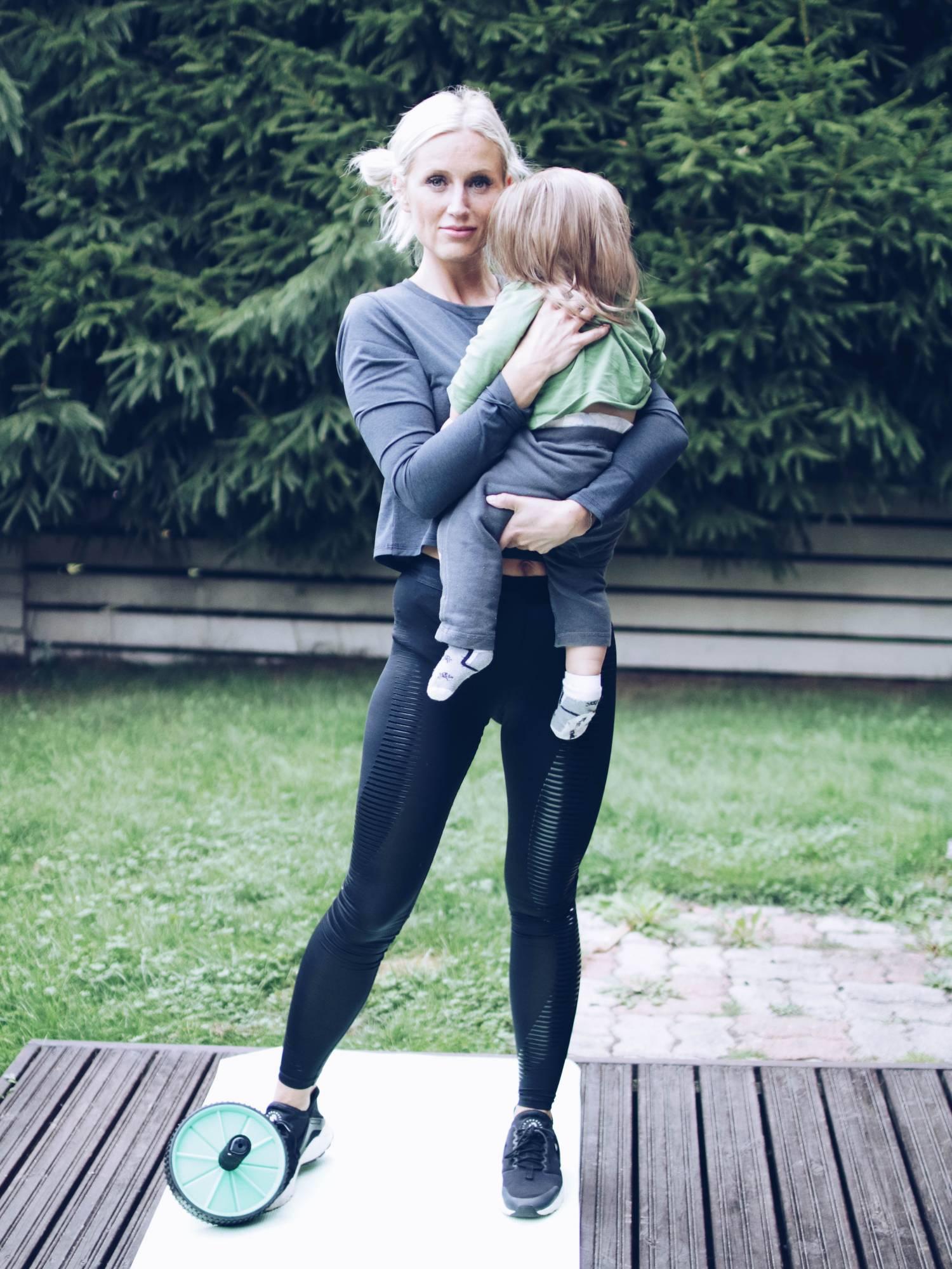 Kehoni vuosi synnytyksen jälkeen