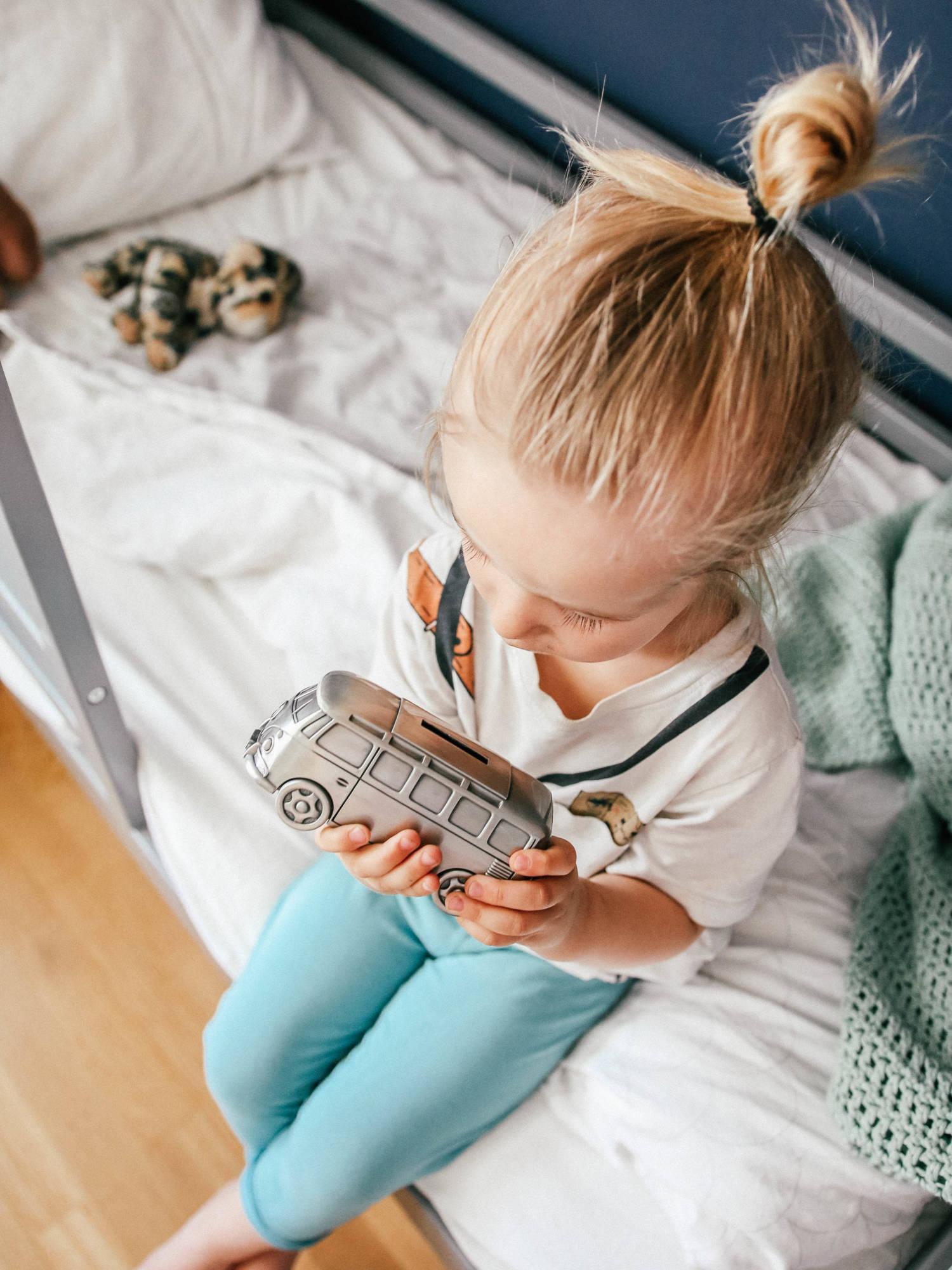 Kuukausisäästäminen lapselle - Miksi säästän lapselleni ja mihin?